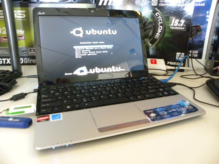 ASUS EeePC 1215B Netbook - Botting on Linux Ubuntu