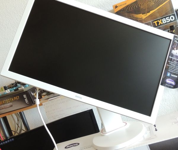 BENQ RL2450HT: 24-inch LED Monitor