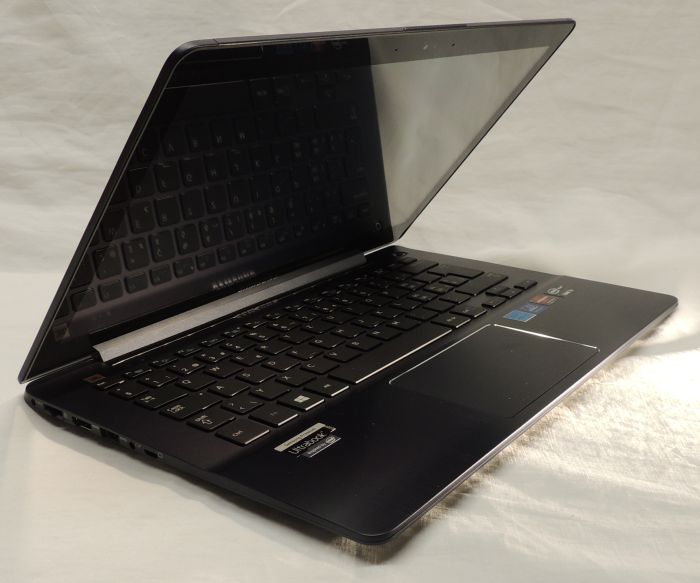 Samsung Ultrabook NP740U3E (ATIV Book 7) Review