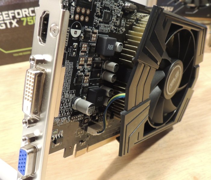 ASUS GeForce GTX 750