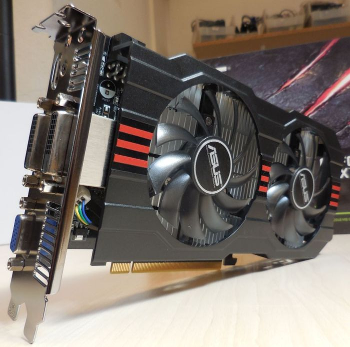 ASUS Geforce GTX 750 Ti OC Unboxing