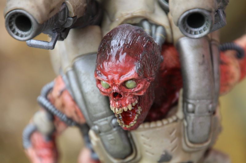 DOOM Collector's Edition: the Revenant Statue