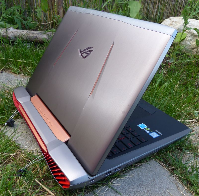 ASUS ROG G752VY Gaming Laptop Review (GTX 980M)