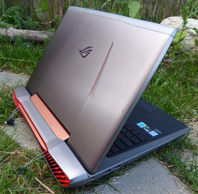 ASUS ROG G752VY Gaming Laptop Review (GTX 980M)